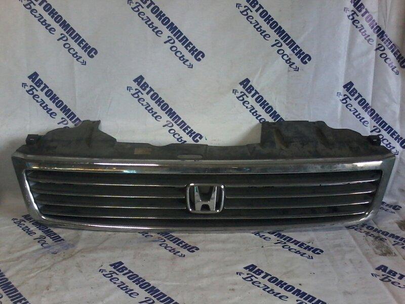 Решетка радиатора Honda Stepwgn RF2 B20B 1999 передняя