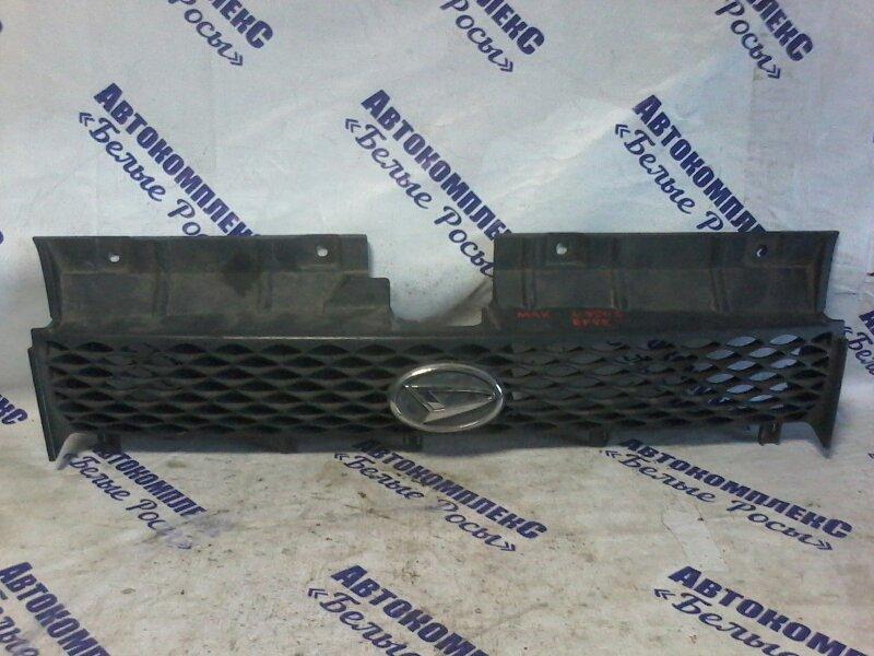 Решетка радиатора Daihatsu Max L950S EFVE 2001 передняя