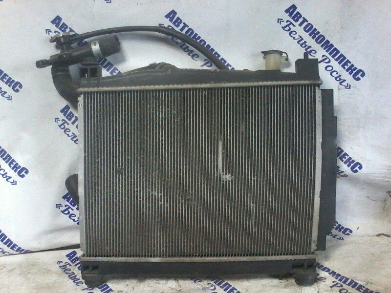 Радиатор охлаждения двигателя Toyota Sienta NCP81 1NZFE 2003 передний
