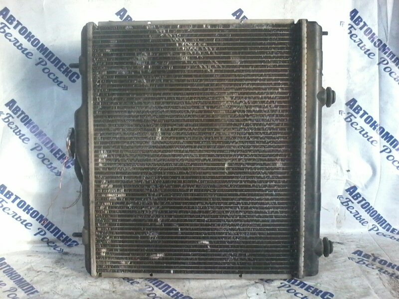 Радиатор охлаждения двигателя Mitsubishi Pajero Mini H58A 4A30 2007