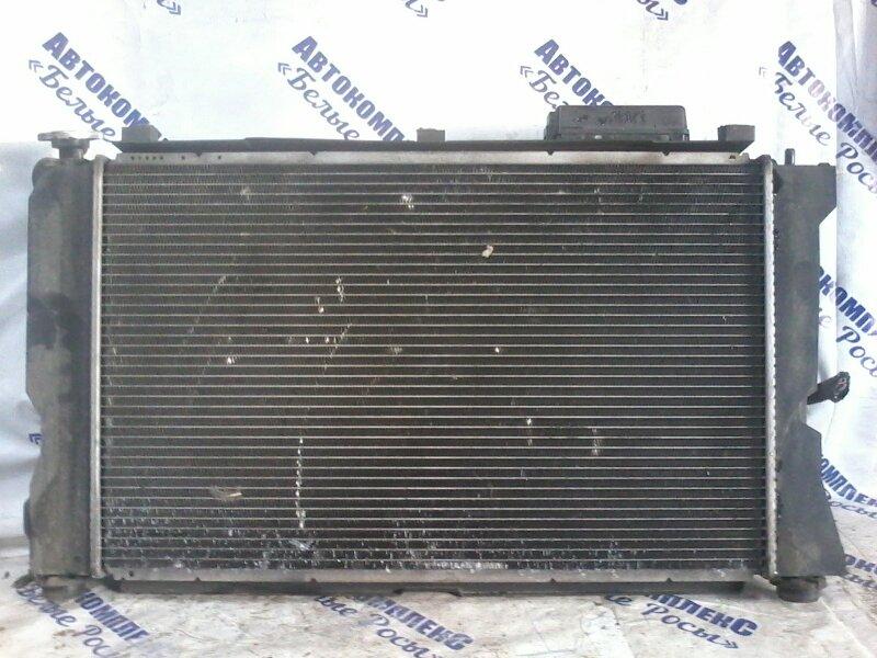 Радиатор охлаждения двигателя Toyota Avensis AZT250 1AZFE 2005