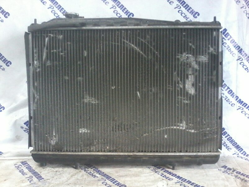 Радиатор охлаждения двигателя Nissan Gloria HBY33 VQ30DET