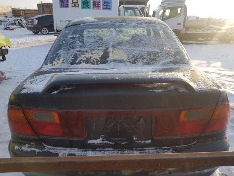 Крышка багажника Mazda Familia BHA7R 4EE1T 1995 задняя