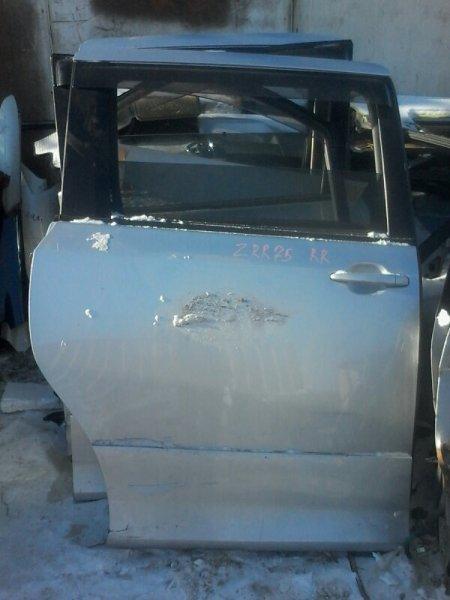 Дверь Toyota Voxy ZRR75 3ZRFE 2010 задняя правая