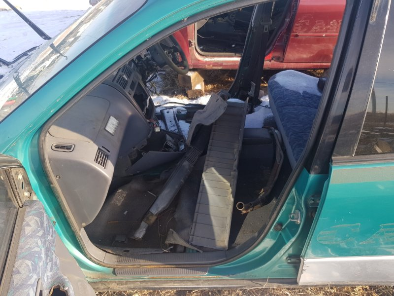 Порог Toyota Ipsum SXM10 3SFE 1996 левый