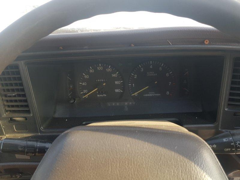 Щиток приборов Toyota Crown GS131 1GGZE 1988 передний