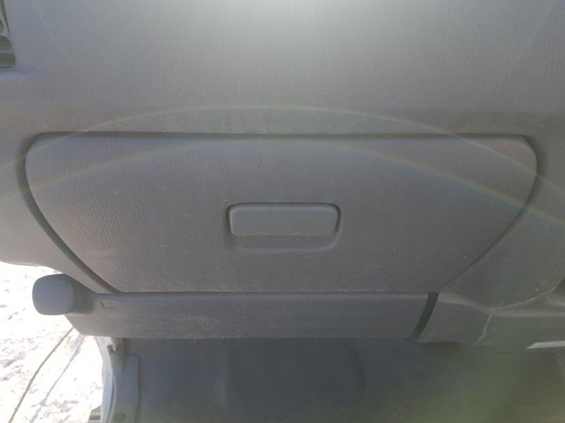 Бардачок Nissan Vanette SK82VN F8 2010 передний