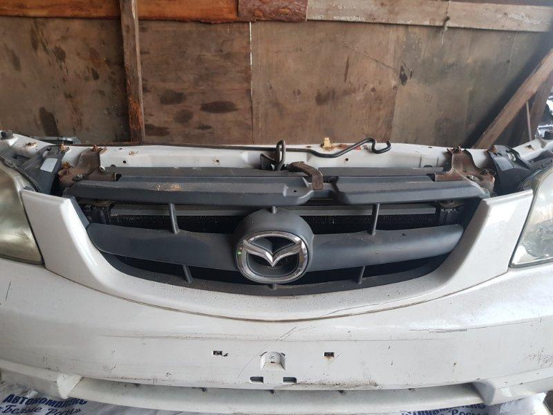 Решетка радиатора Mazda Tribute EPEW YF 2002 передняя