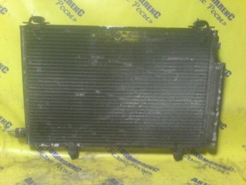 Радиатор кондиционера Toyota Vitz NCP10 2NZFE 1998 передний