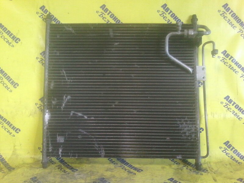 Радиатор кондиционера Mazda Bongo Friendee SALW LW передний