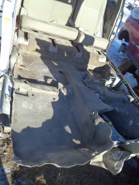 Ковровое покрытие Toyota Isis ZNM10 1ZZFE 2004 нижнее