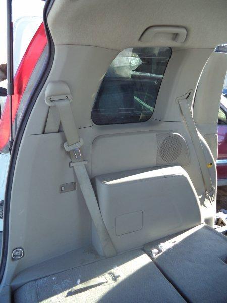 Пластик салона Toyota Isis ZNM10 1ZZFE 2004 левый