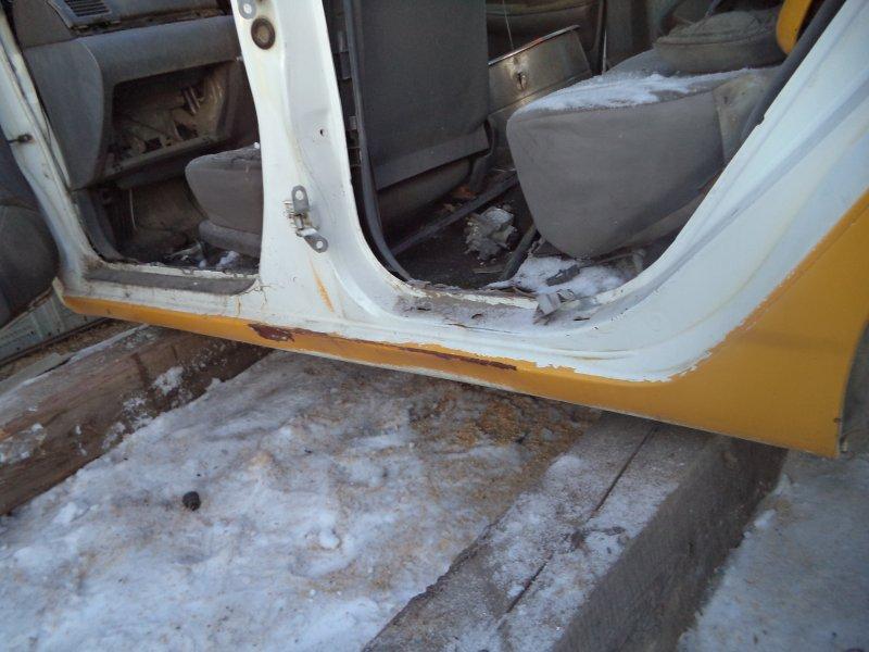 Порог Toyota Corolla NZE121 1NZFE 1997 левый