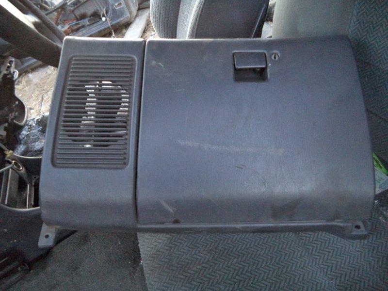 Бардачок Toyota Corona ST180 3SFE 1992 передний