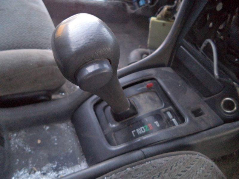Селектор акпп Toyota Corona ST180 3SFE 1992 передний