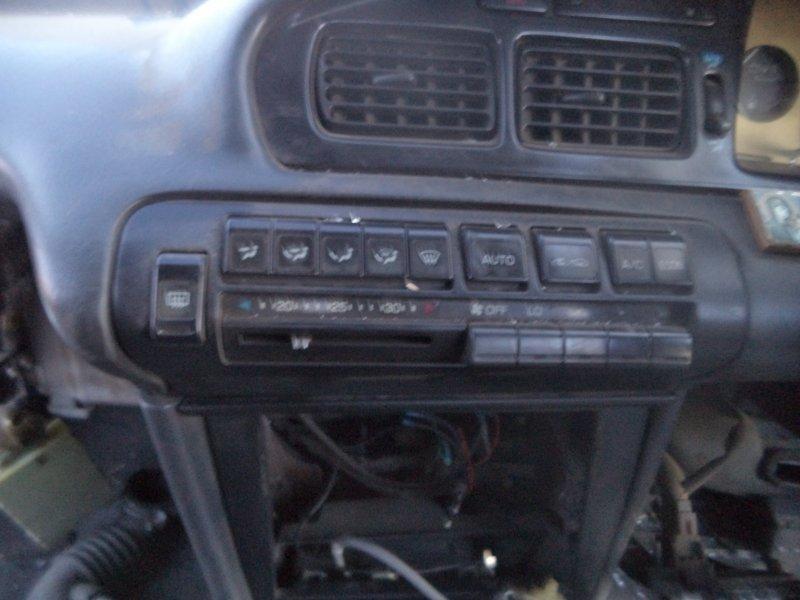 Блок управления климат-контролем Toyota Corona ST180 3SFE 1992 передний