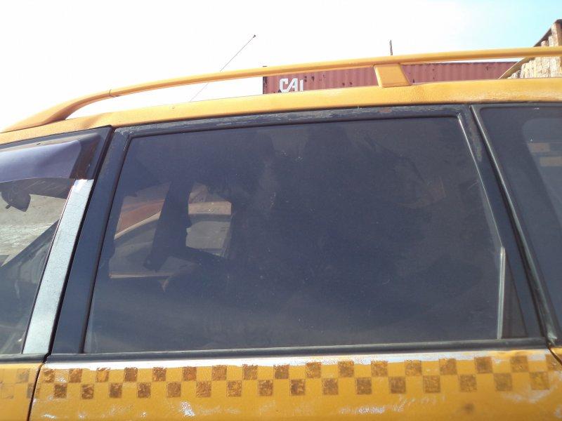 Стекло двери задней Toyota Ipsum SXM10 3SFE 1997 заднее левое