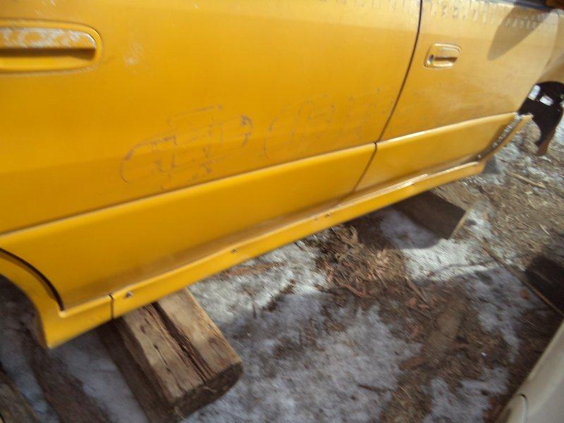 Порог Toyota Ipsum SXM10 3SFE 1997 правый