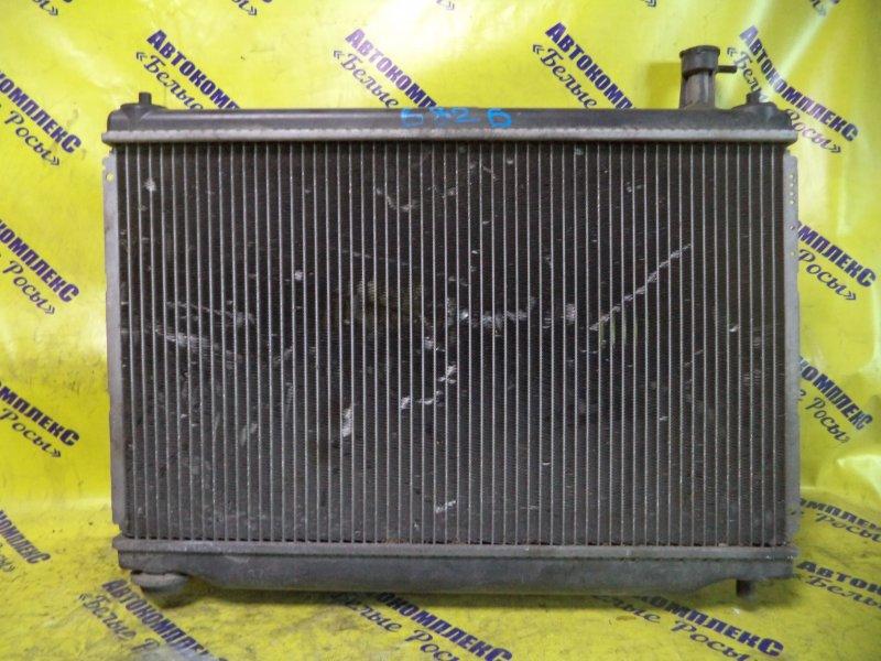 Радиатор охлаждения двигателя Mazda Demio DW3W B3E 1996 передний