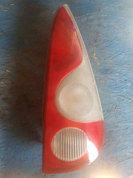 Стоп-сигнал Toyota Funcargo NCP20 1NZFE 2000 задний правый