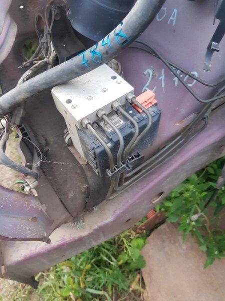 Блок управления abs Toyota Duet M100A EJDE.EJVE 2000