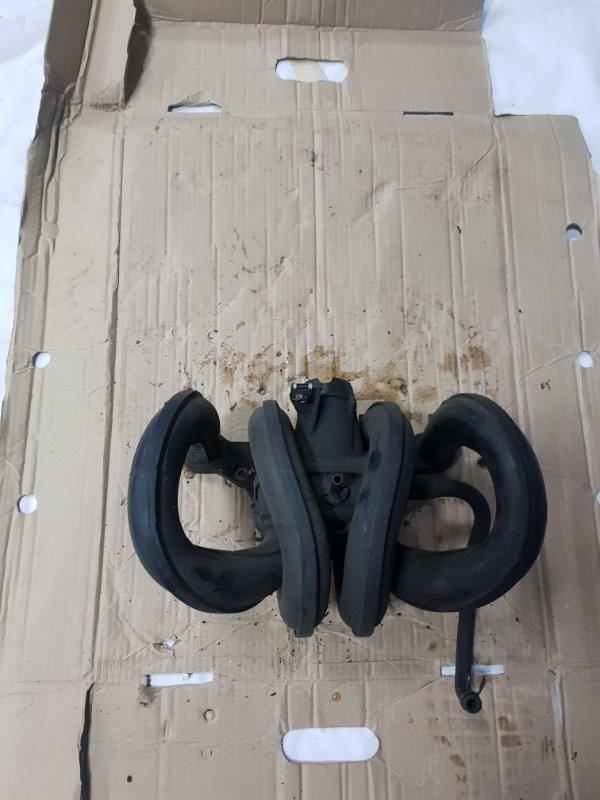Коллектор впускной Toyota Vitz SCP10 1SZFE 1999 задний