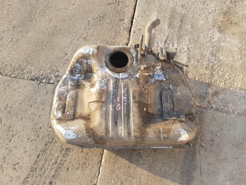 Топливный бак Nissan Ad VY11 QG15DE задний нижний