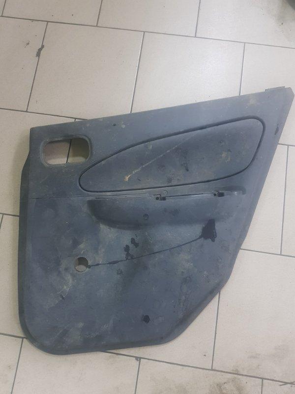 Обшивка двери Nissan Ad VY11 QG15DE задняя правая