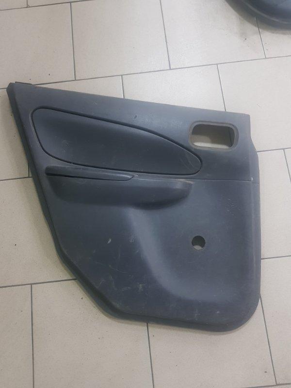 Обшивка двери Nissan Ad VY11 QG15DE задняя левая