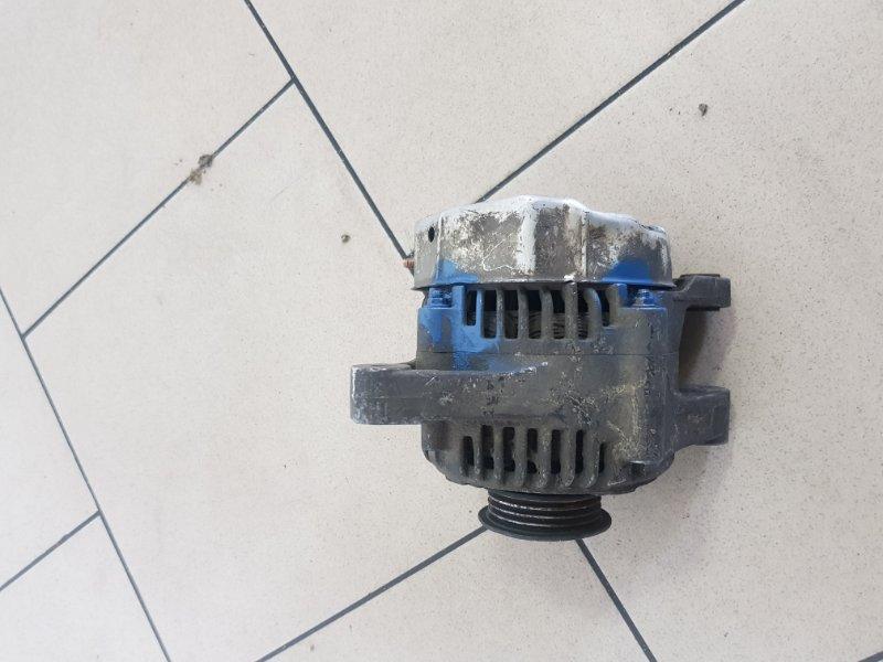 Генератор Toyota Platz SCP12 1SZFE 2000 передний