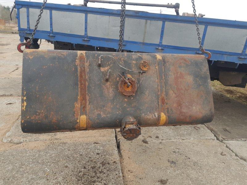 Топливный бак Маз 54323 ЯМЗ 238 1990 передний левый