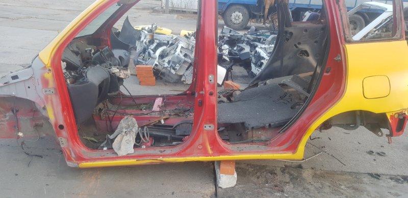 Порог Toyota Funcargo NCP21 1NZFE 2000 левый