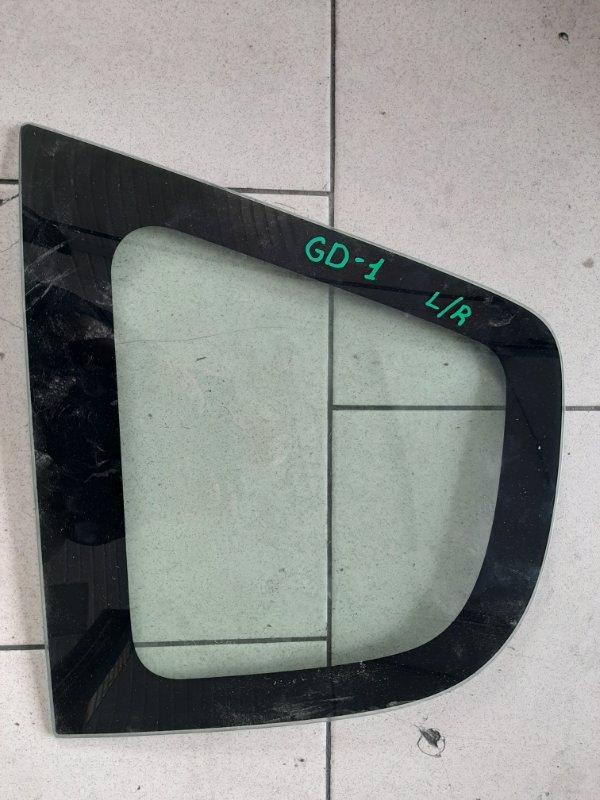 Стекло багажника Honda Fit GD1 L13A 2001 заднее левое