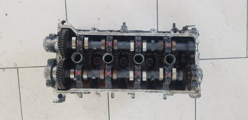 Головка блока цилиндров Toyota Corolla EE102 4EFE 1992 передняя