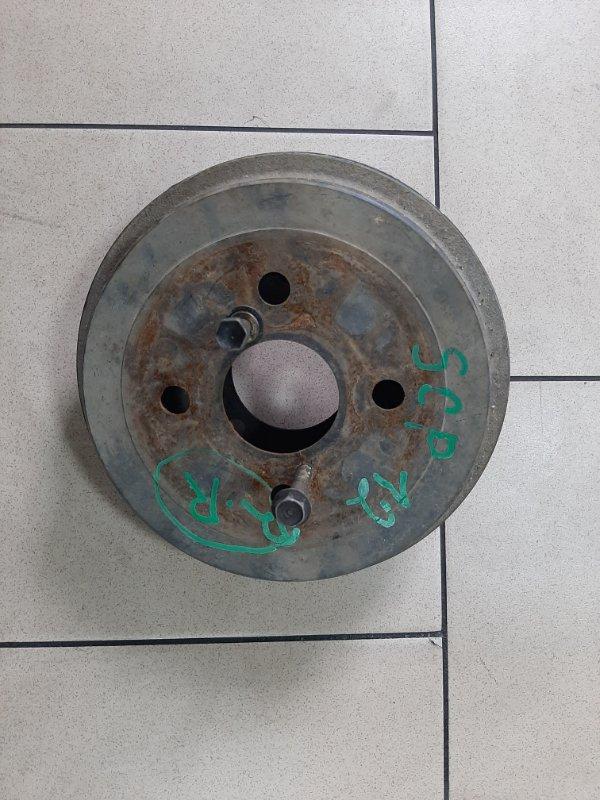 Тормозной барабан Toyota Platz SCP12 1SZFE 2000 задний правый