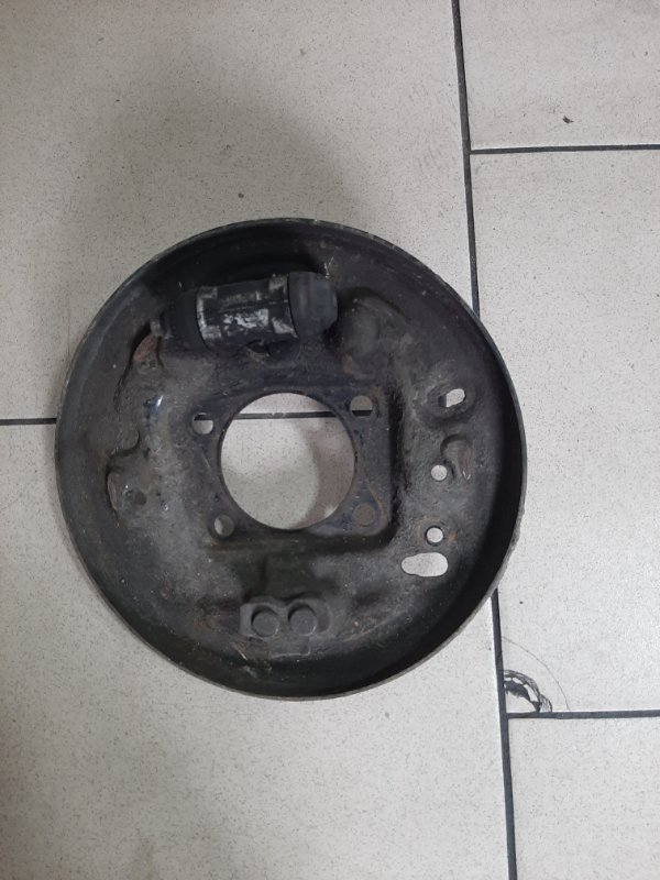 Рабочий тормозной цилиндр Toyota Platz SCP11 1SZFE 2000 задний правый