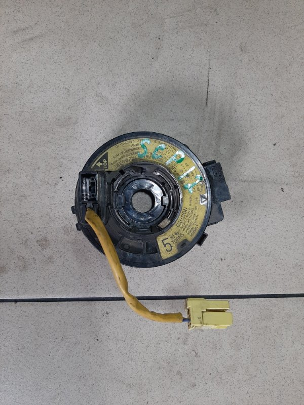 Шлейф рулевой колонки Toyota Platz SCP12 1SZFE 2000 передний правый