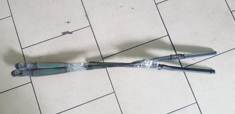 Дворник Toyota Vitz SCP10 1SZFE 2000 передний