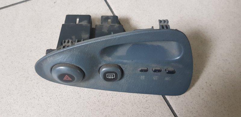 Кнопка аварийной остановки Mazda Familia BHA7R 4EE1T 1995 передняя