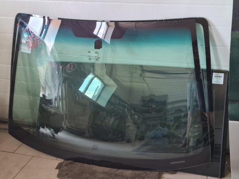 Стекло лобовое Toyota Platz SCP12 1SZFE 2000 переднее