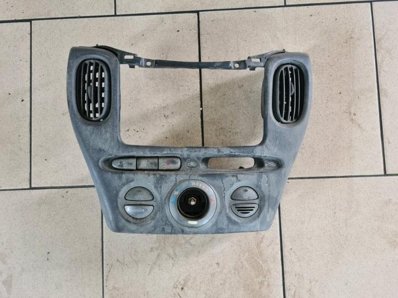 Блок управления климат-контролем Toyota Funcargo NCP21 1NZFE 2000 передний