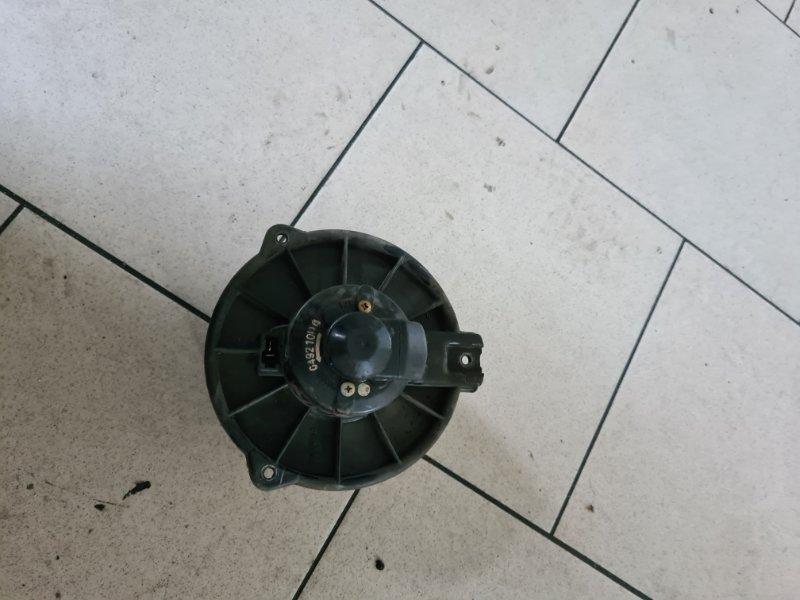 Мотор печки Toyota Vitz SCP10 1SZFE 2000 передний