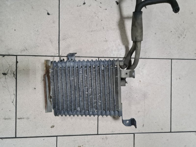Радиатор масляный Mitsubishi Delica PD6W 6G72 2002 передний
