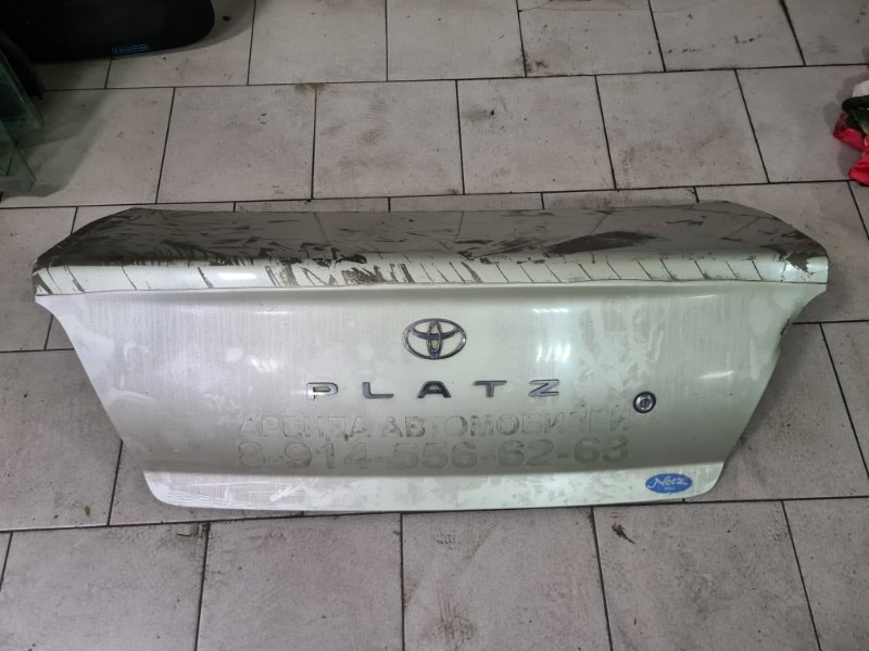 Крышка багажника Toyota Platz SCP11 1SZFE 2000 задняя