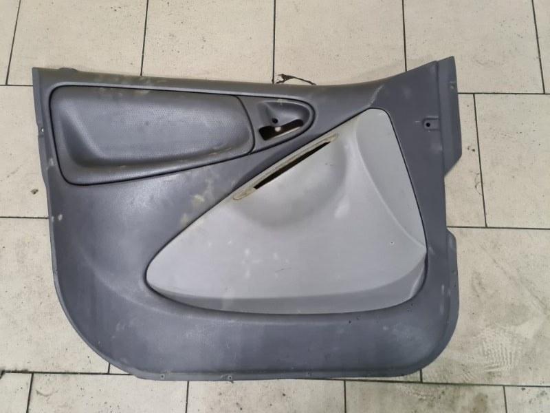 Обшивка двери Toyota Platz SCP12 1SZFE 2000 передняя левая