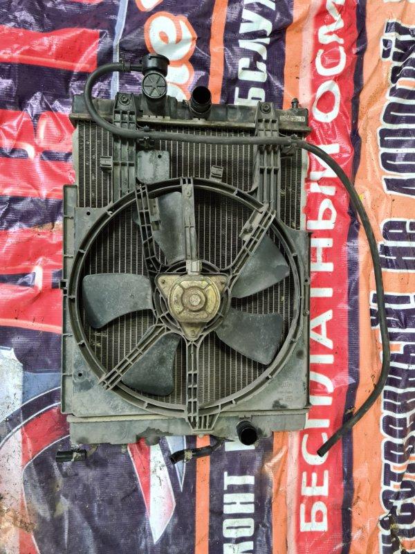 Радиатор охлаждения двигателя Nissan Cube AZ10 CGA3 2001 передний
