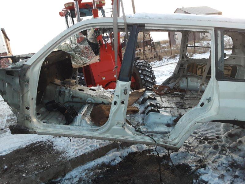 Порог Toyota Land Cruiser 100 UZJ100 2UZFE 1998 левый