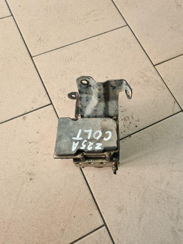Блок abs Mitsubishi Colt Z25A 4G19 2002 передний