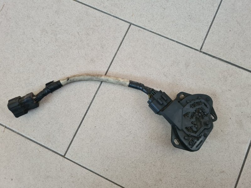 Селектор акпп Nissan Ad VY11 QG15DE передний