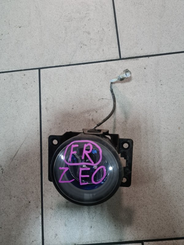 Фара противотуманная Nissan Leaf ZEO EM61 2011 передняя правая